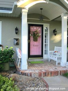 a charming home with a pink door!!!!
