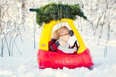 Jenna Sefkow Photo; cozy coop christmas picture