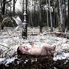 "by Tom Chambers ""December's Child"" (http://www.tomchambersphoto.com/index.html) december, decemb child, art, children, tom chamber"