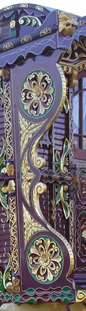 Ooo lala - Ginn Caravan Gypsy Vardo Wagon:  #Gypsy wagon exterior detail.