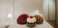 pastries, cupcakes, maison moschino, cupcak recip, cupcak pillow