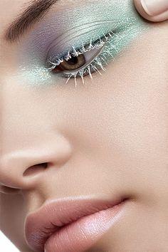 Nude lis - Green eyeshadow - Make-up