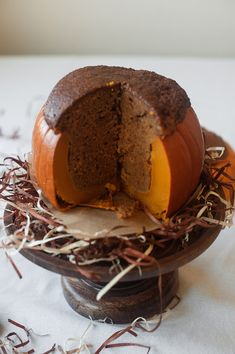 Bake A Cake Inside A Pumpkin! halloween idea, pumpkin halloween, cakes, food, bake, fall, pumpkins, cake insid, recip