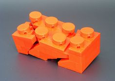 Model of a Broken Lego Brick.... made out of lego.