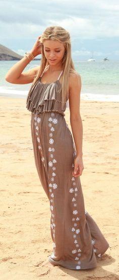 #Summer Dress ; #Beach Dress ; Summer #Outfit Inspiration ; http://www.pinterest.com/vinkkiez/spring-summer-outfit-ideas/