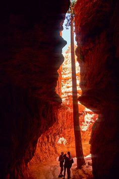 Hiking in Utah's Bryce Canyon