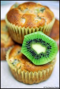 Clean Eating Kiwi Muffins (Click Pic for Recipe) I completely swear by CLEAN eating!!  To INSANITY and back....  One Girls Journey to Fitness, Health, & Self Discovery.... http://mmorris.webs.com/