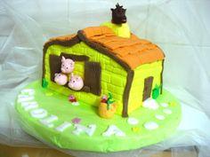 Three little pigs cake