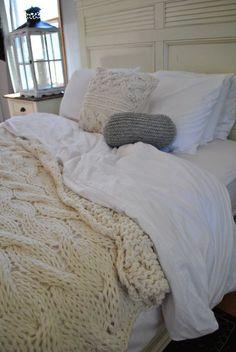 Chunky Cable Knit Blanket #seasonal #bedding