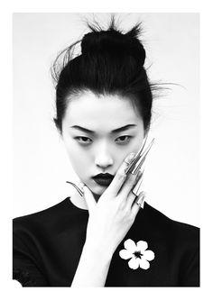 """Memoirs of A Geisha"" | Model: Tian Yi, Photographer: Oliver Stalmans, Elle Vietnam, May 2013"