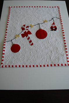 mini holiday quilt