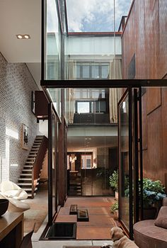 TriBeCa Left. Dean/Wolf Architects