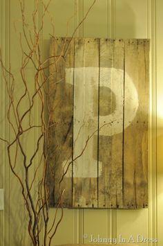 Pallet Letter Sign