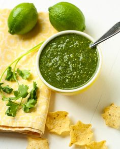 Tomatillo salsa | Garnish with Lemon
