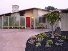 Palmer & Krisel MCM house in San Diego