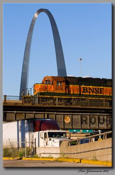 BNSF in St. Louis, MO via Shawn