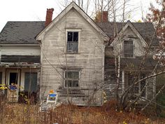 who lived in this old abandoned house