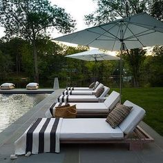 Black And White Stripe Pool Towels Design Ideas