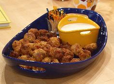 The Meatball Shop's Mini Buffalo Chicken Balls. Great idea for a party dish. weight watchers, meatbal shop, chicken meatballs, mini buffalo, chicken ball, minis, rachael ray, shop mini, buffalo chicken