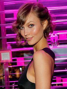 Karlie Kloss Victorias Secret - short bobbed curls
