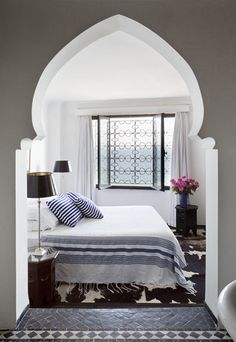 Moroccan Bedroom Style