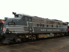 Take a ride on a vintage train at the Danbury Railway Museum in Danbury, CT. For Open House Day (June 14, 2014), from 10 a.m. until 5 p.m., receive a complimentary train ride with a regular paid admission.