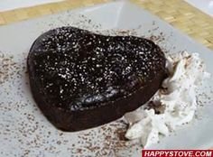 Chocolate and Coconut Cake is a delicious eggless vegan cake. Easy to prepare, this coconut flavored chocolate dough can also be used as a base for the creation of many different desserts!