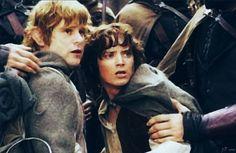 Samwise Gamgee (Sean Astin) and Frodo Baggins (Elijah Wood)
