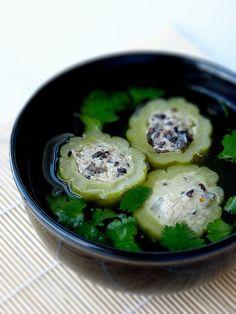 Vietnamese Stuffed Bitter Melon Soup   - #recette #dressage #assiette #artculinaire #art #food #foodporn #gastronomy #gastronomic #fooddesign #culinary #foodart #gourmet #gourmand  #joiedevivre #museumviews #HauteCuisine