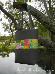 Scraptastic Tote tutorial for 12 Gifts of Christmas blog hop by Don't Call Me Betsy