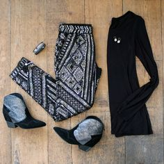 Friends & Family: Enjoy 25% off. Enter code FRIENDS14. Embellished pants, textured booties, and luscious cashmere.