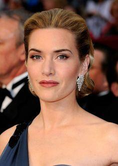 Kate Winslet - Academy Awards - details.