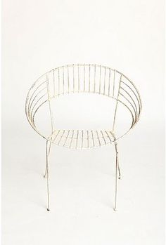 Loop Chair: Wire outdoor furniture is the best. This looks old but its not.