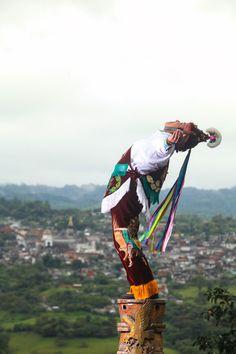 Antiguo México, Somos como Tú: #Viajeros Incansables  Jacinta: Voladora desde los 17 años.  #Palabra de #Mexicano