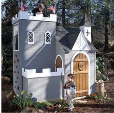 This castle playhouse has a real climbing wall. Would it be on your kid's wishlist?
