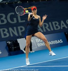 Alize Cornet in the air #Luxembourg  Full gallery: http://www.womenstennisblog.com/2014/10/15/tough-day-top-seeds-luxembourg-highlights/