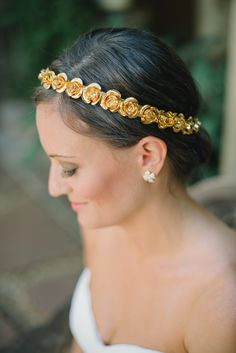 Metallic Floral Headpiece | Delbarr Moradi Photography | TheKnot.com
