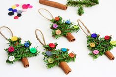 Handmade Tree Ornaments Made with Cinnamon Sticks, Pine Garland & Buttons.  Could use rosemary.  Good for kids with some parental guidance.  #Christmas #diy