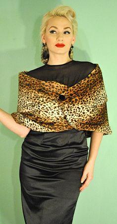 Rockabilly Leopard Print 1950s wrap. love.