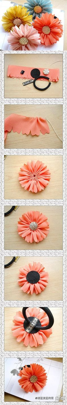 Ponytail holders with fabric flowers, a nice DIY
