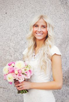gorgeous bride.  dreamy pink bouquet   floral design by erin