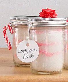 A DIY candy cane body scrub? You need this.