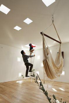 Room Room House by Takeshi Hosaka Architects