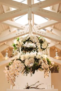 Floral Chandelier | photography by www.giacanali.com