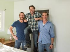 Brian and Craig: Photo Op The twins pose with judge Scott McGillivray.