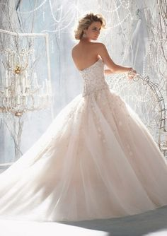 wedding dressses, bridal collection, ball gowns, organza wedding dresses, weddings, dress wedding, princess dresses, wedding blog, wedding bride