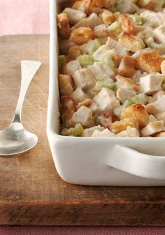 Swiss 'n Chicken Casserole – Looking for a chicken casserole that's creamy, Swiss cheesy and covered in crispy croutons? You've come to the right place.