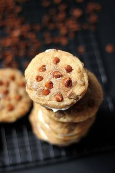 Cinnamon Chip Snickerdoodle Cheesecake Cookie Sandwiches