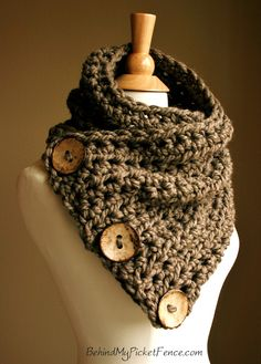 Boston Harbor Scarf. Wood buttons. Crochet.