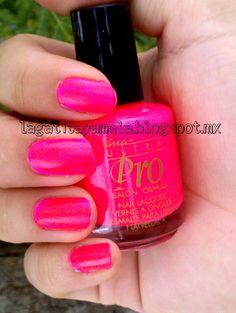 Neon Pink Nina ultra Pro-punki pink